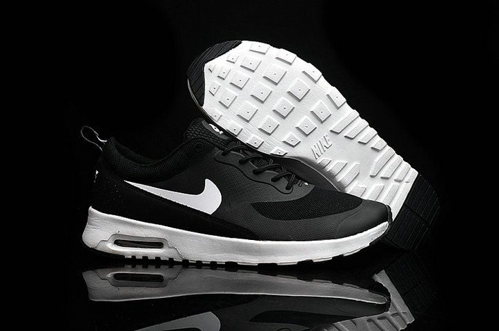 Cheap Nike Air Max 87 Womens White Black Running Shoes On VaporMaxRunning