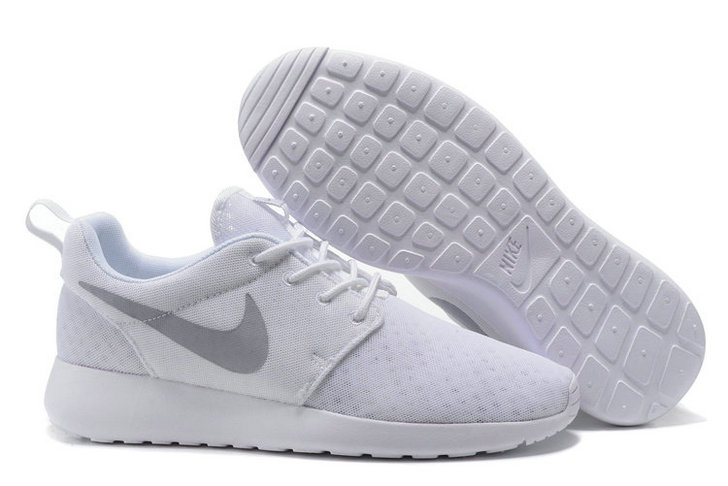 Cheap Nike Roshe Two Mens White Grey On VaporMaxRunning
