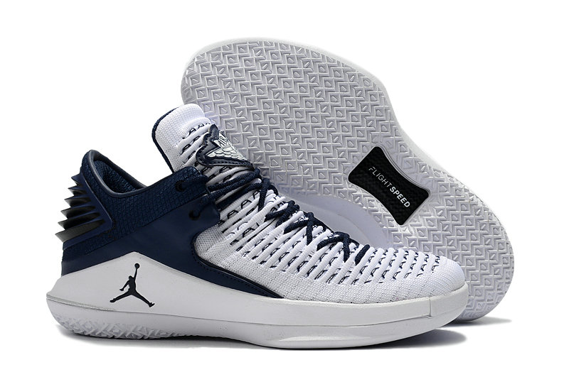 2018 Cheap Air Jordan Retro 32 White Navy Blue On VaporMaxRunning