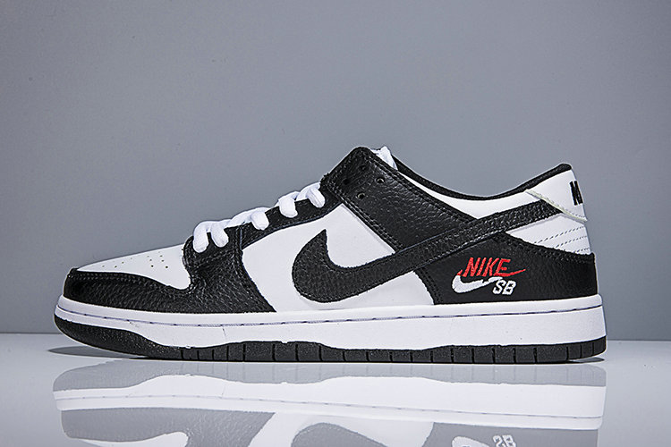 2018 Nike SB Dunk x Cheap Nike Dunk Low Elite SB Black White On VaporMaxRunning