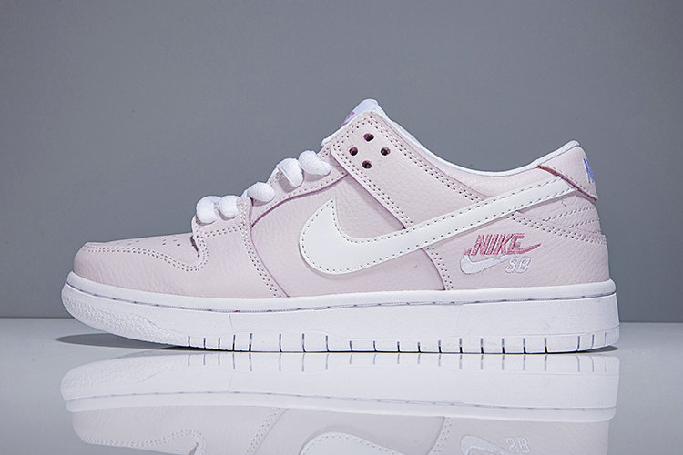 2018 Nike SB Dunk x Cheap Womens Nike Dunk Low Elite SB Pink White On VaporMaxRunning