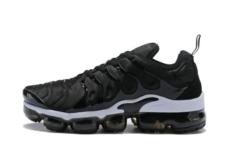 Nike Shoes Cheap Nike Air VaporMax Plus Womens White Black On VaporMaxRunning