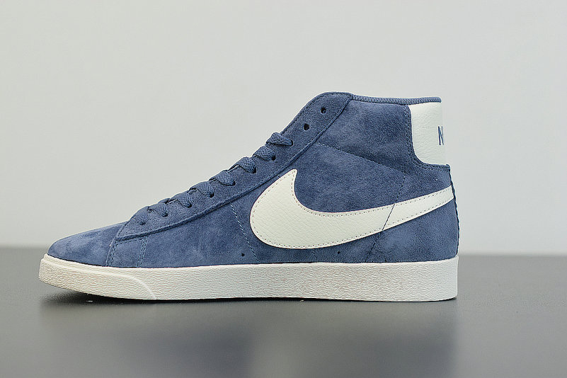 2019 Where To Buy Cheap Nike Blazer Mid Vntg Suede Diffused Blue Sail Bleu Voile 917862-400 On VaporMaxRunning