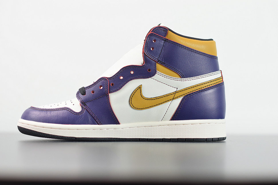 2020 Cheap Nike Air Jordan 1 SB Retro High OG OFF-WHITE Purple Gold Blanc Cassemolet CD6578-507 On VaporMaxRunning