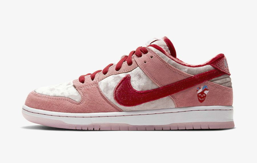 2020 Cheap Nike SB Dunk Low Valentines Day Bright Melon Gym Red Clair Rouge CT2552-800 On VaporMaxRunning