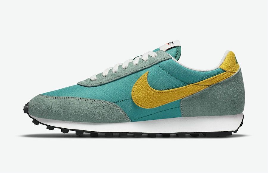 2021 Cheap Nike Daybreak Neptune Green Neptune Green Speed Yellow-Silver Pine DA0824-300 On VaporMaxRunning