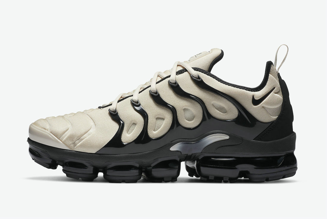 2021 Where To Buy Cheap Nike Air VaporMax Plus Surfaces in Light Bone and Black DH0860-100 On VaporMaxRunning