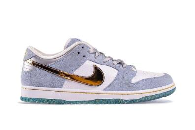 2021 Where To Buy Cheap Sean Cliver x Nike SB Dunk Low White Psychic Blue-Metallic Gold DC9936-100 On VaporMaxRunning