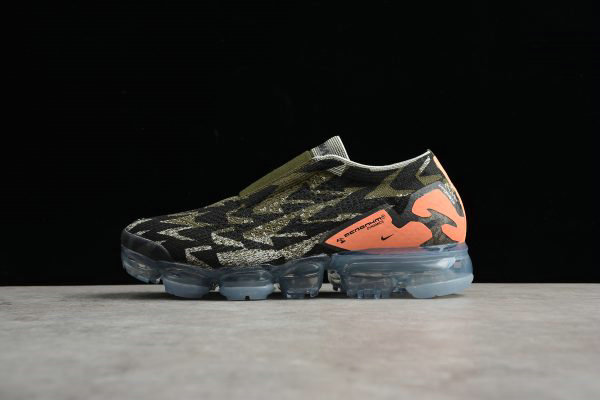 Cheap Acronym x Nike Air VaporMax Moc 2 Thirsty Bandit Sail Cargo Khaki-Dark Stucco AQ0996-102 On VaporMaxRunning