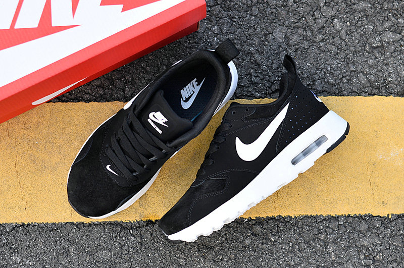 Air Maxs Cheap Nike Air Max 87 Womens White Black 2018 New Arrival On VaporMaxRunning