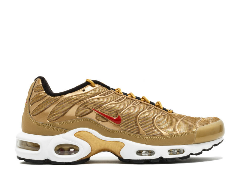 premium selection 44ad9 88df1 Air Maxs Cheap Nike Air Max TN Plus QS Metallic Gold University Red On  VaporMaxRunning