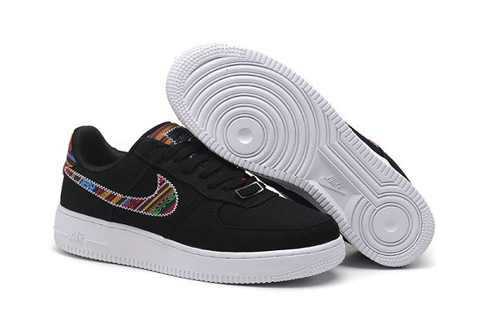Cheap Nike Air Force One Nike AF1 07 Womens Black White On VaporMaxRunning