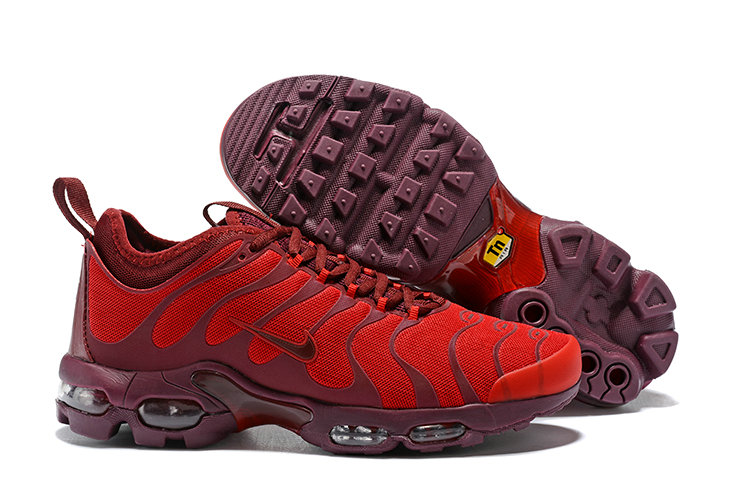 Cheap Nike Air Maxs Plus TN Ultra Wine University Red On VaporMaxRunning