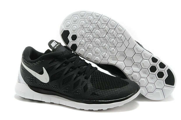 Cheap Nike Free 5.0 2014 Womens Black White On VaporMaxRunning