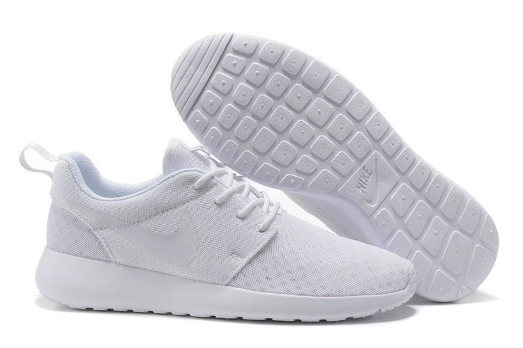 Cheap Nike RosheRun One Mens All White On VaporMaxRunning