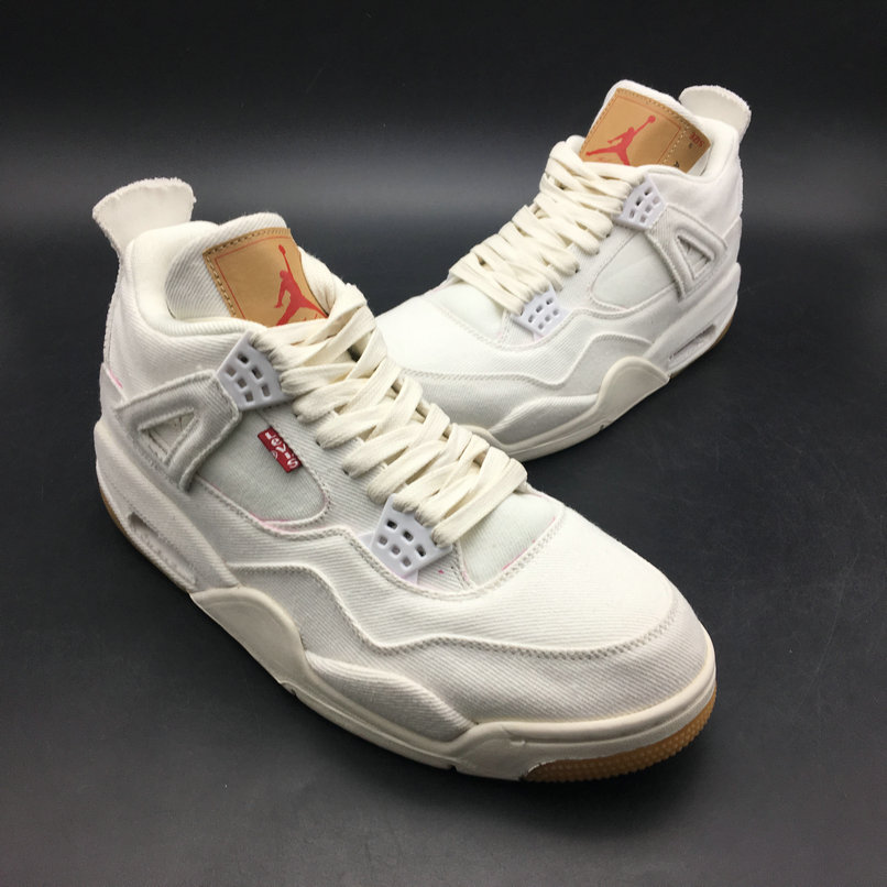 Levis x Air Jordan 4 White AO2571-100 On VaporMaxRunning