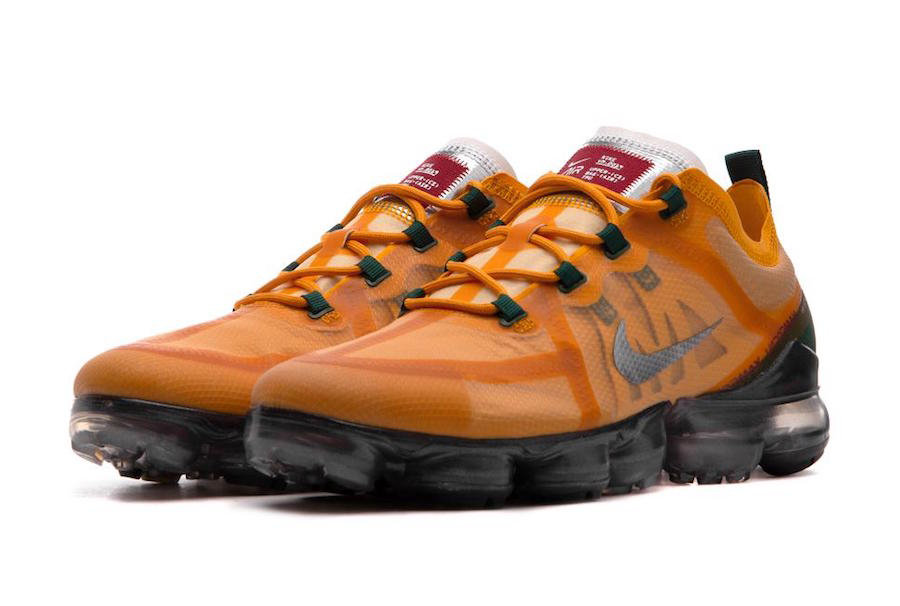 Nike Air VaporMax 2019 AR6631-700 Canyon Gold Metallic Silver-Terra Orange On VaporMaxRunning
