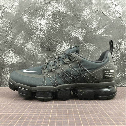 Cheap Nike Air Vapormax Run Utility AQ8810-001 Black White Dark Grey Noir Gris Fince Blanc On VaporMaxRunning