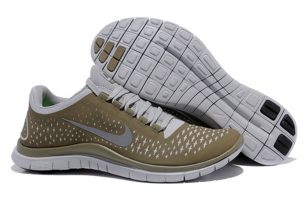 Nike Free 3.0 V4 Mens Running Shoe Light Bone Reflect Silver Iguana On VaporMaxRunning