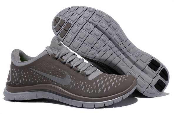 Nike Free 3.0 V4 Womens Running Shoe Light Bone Reflect Silver Iguana On VaporMaxRunning