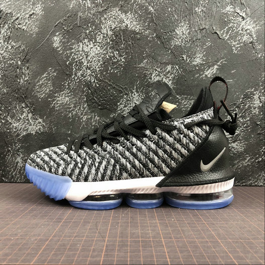 Nike LeBron James XVI EP AO2595-006 Argent Metallique Blanc Noir Metallic Silver White Black On VaporMaxRunning