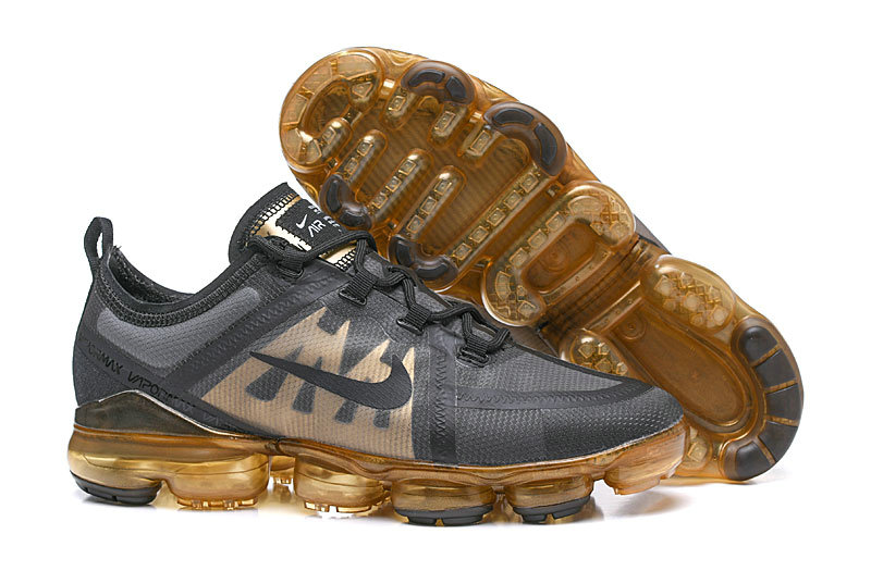 be1ab6be40e Ring In The New Year With The Women Nikes Vapormax 2019 In Black And Gold On