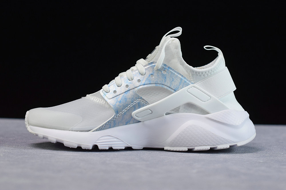 Where To Buy Cheap Nike Air Huarache Run Premium Transparent Spray Blue Transparence Blue 875868-003 On VaporMaxRunning