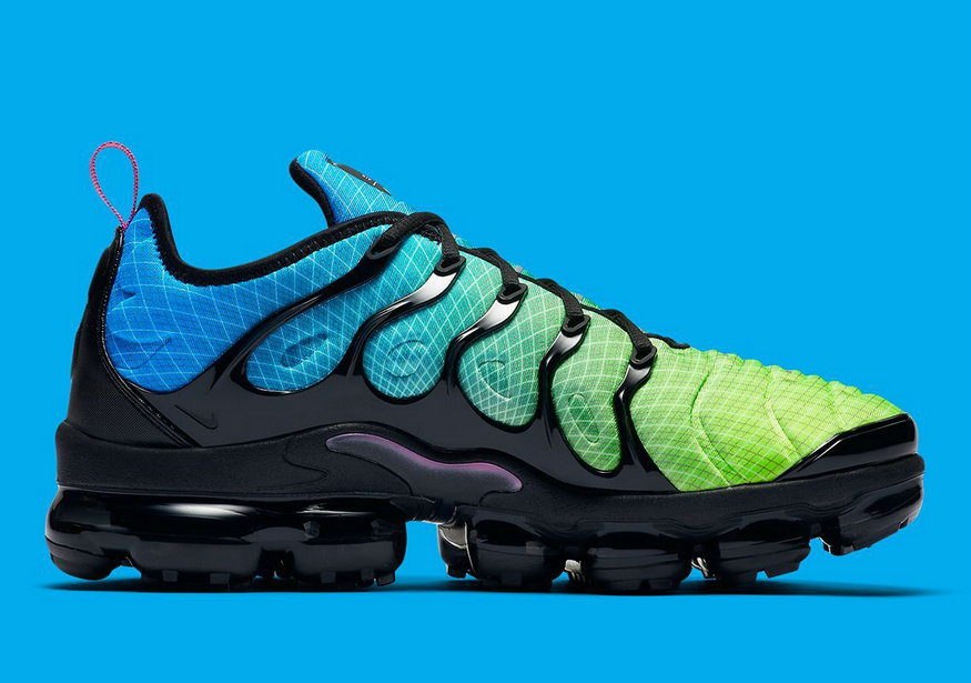 Where To Buy Cheap Nike Air Vapormax Plus Aurora Green Reflect Silver-Black 924453-302 On VaporMaxRunning