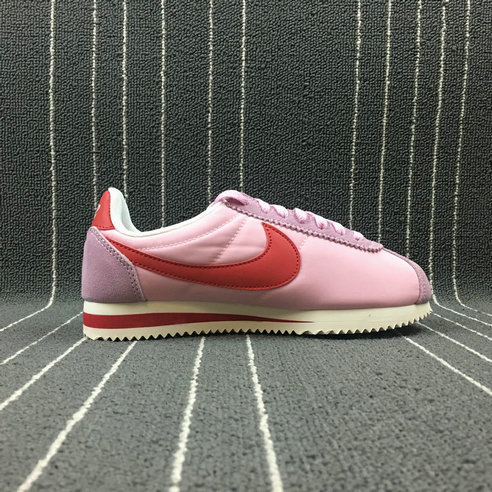 Womens 2019 Cheap Nike Classic Cortez Nylon Premium Perfect Pink Sport Red 882258-601 Rose On VaporMaxRunning
