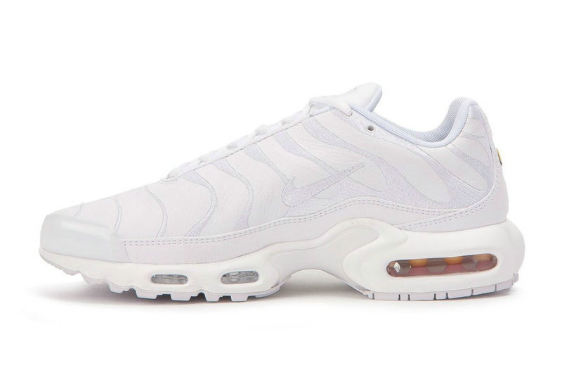 1060704b369 ... Air Maxs Cheap Nike Womens Air Max TN Plus Triple White On  VaporMaxRunning ...
